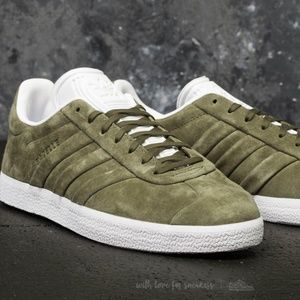 NWT Adidas Gazelle Stitch and Turn Men's Sneakers